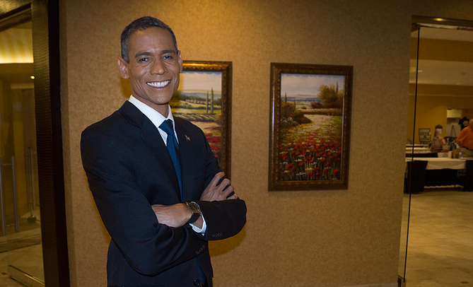 sean-barack-obama-impersonator.png